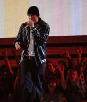 Eminem révèle la liste des chansons et des invités de son album