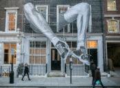 Le street-artiste français JR exposé à Londres