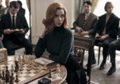 Le Jeu de la dame, la série qui dépoussière les échecs