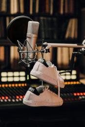 Akhenaton signe une première paire de sneakers avec Clae