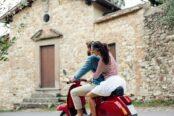L'iconique Vespa fête ses 75 printemps